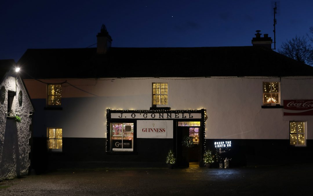 Pubs Turning Christmas Lights on as part of #KeepTheLightsOn Campaign